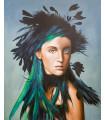 Cuadro retrato de mujer con plumas verdes
